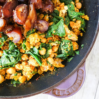 Skillet Ground Turkey Curry with Spinach, Garbanzo Beans and Dates.