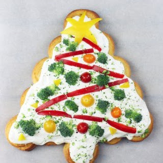 Veggie Dip Christmas Tree