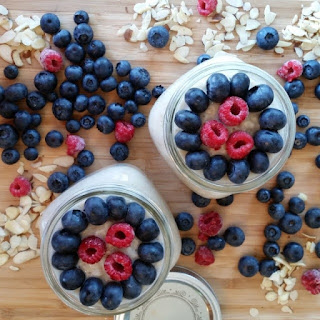 Berry Almond Soaked Oats – Overnight Oatmeal