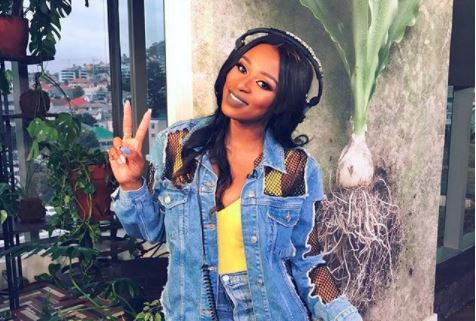 Who is dj zinhle currently dating