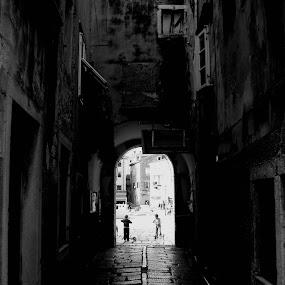 by Igor Čavlek - City,  Street & Park  Street Scenes
