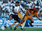 Jerry Sikhosana and Doctor Khumalo in action during the Kaiser Chiefs vs Orlando Pirates in the Rothmans Cup Semi-Finals First Leg match at FNB Stadium. Chiefs won the match 3-1.