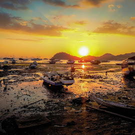 Sunset harbour by Anya L - Transportation Boats ( sunset low tide harbour, sunset, sunset low tide,  )