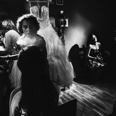 Wedding photographer Todor Tsvetkov (xtosh). Photo of 18.04.2015