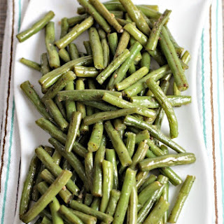 Super Easy Pan Fried Fresh Green Beans.