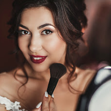 Wedding photographer Kristina Grechikhina (kristiphoto32). Photo of 04.07.2017