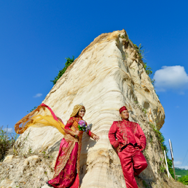 Prewedding Ari by Agus Mahmuda - Wedding Bride ( wedding photography, mountain, nature, prewedding, dress, wedding, foto, wedding photographer, bride )