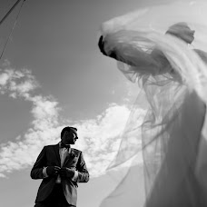 Wedding photographer Sergey Shlyakhov (Sergei). Photo of 05.07.2017