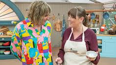 The Great Celebrity Bake Off... (S2E3)