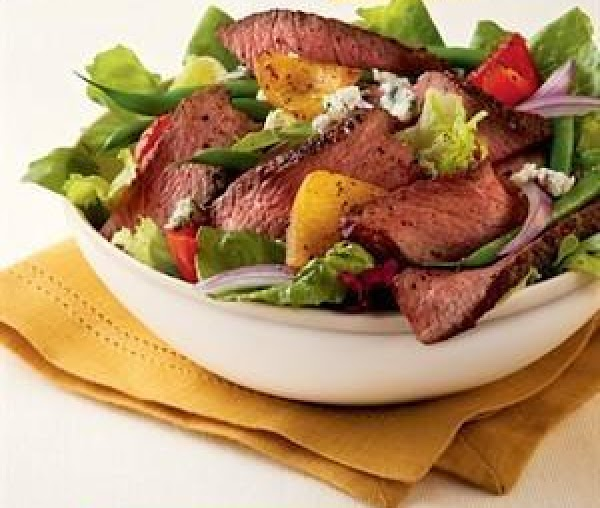 Champagne Steak Salad With Blue Cheese Recipe