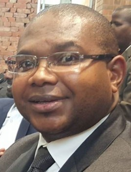 Ntuthuzelo Vanara has accused former state security minister Bongani Bongo of offering him a bribe to stop of delay parliament's inquiry into Eskom in October 2017.