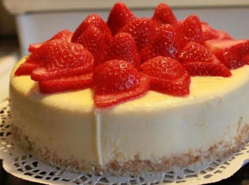 "Coconut Strawberry-Rum Cheesecake ""Made this and it was pretty darned good! My..."