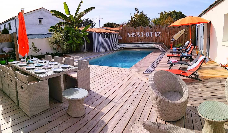 Villa avec piscine en bord de mer Le Château-d'Oléron