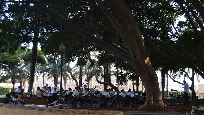 Concierto de la Banda Municipal de Música en el Parque Nicolás Salmerón