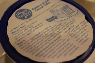 Photo: Me encantó esta receta que venía en la tapa de Cool Whip Frosting