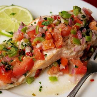 Baked Salmon with Fresh Salsa #FreshTastyValentines #giveaway