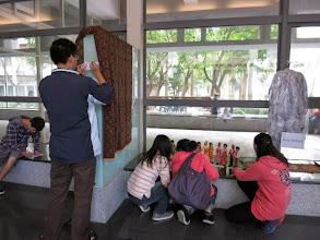Photo: 文化風景展覽-印尼僑生講解