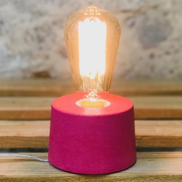 lampe béton rose fuchsia design fait-main création made in france