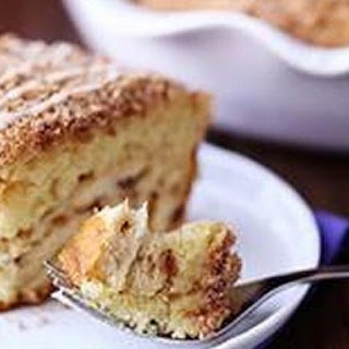 Cinnamon Roll Coffee Cake Pie