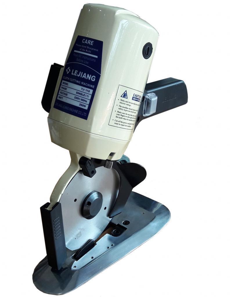 Hướng dẫn cách chọn máy cắt vải phù hợp