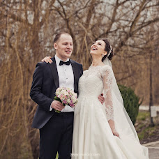 Wedding photographer Nadezhda Vnukova (Vnukova). Photo of 17.04.2017