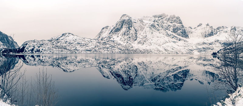 Storvatnet Lake di marco_croci