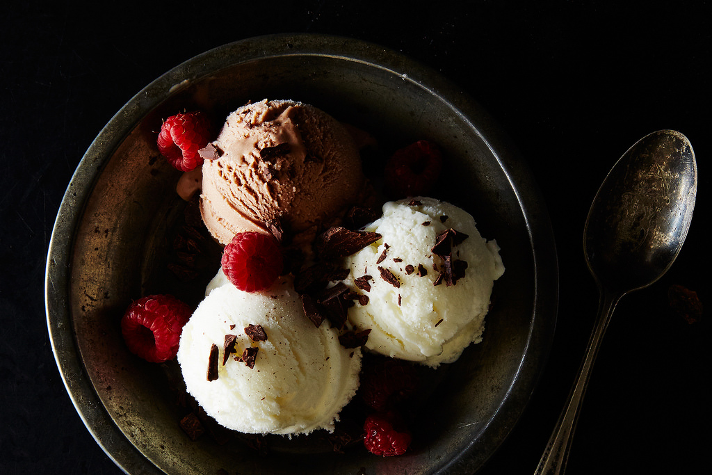 Make 3-ingredient frozen yogurt at home