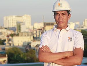 Đội trưởng xây dựng Ngô Huỳnh
