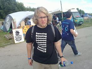 Photo: t-shirt: saturday, sunday, 5 x shitday, saturday, sunday