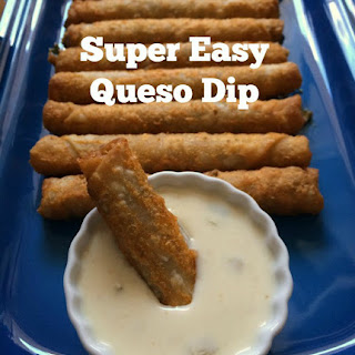 Super Easy Queso Dip