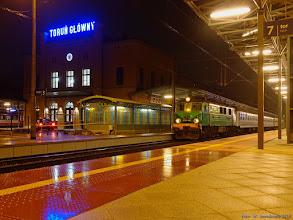 """Photo: EP07-442, TLK """"Jeziorak"""" Poznań Główny - Olsztyn Główny {Toruń Główny; 2015-12-09}"""