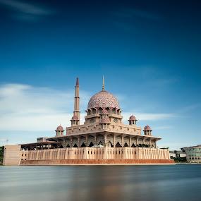 Putra Mosque 1st Ramadan by Fadly Hj Halim - Landscapes Waterscapes ( fadly halim, putrajaya, mosque, lake, malaysia, slow shutter, ramadhan )