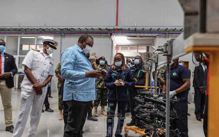 Uhuru opens Sh4bn firearms factory in Ruiru