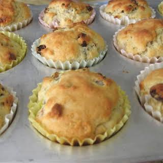 Light & Luscious Easy Irish Soda Bread Muffins.