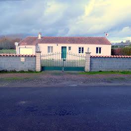 maison à Arçay (86)
