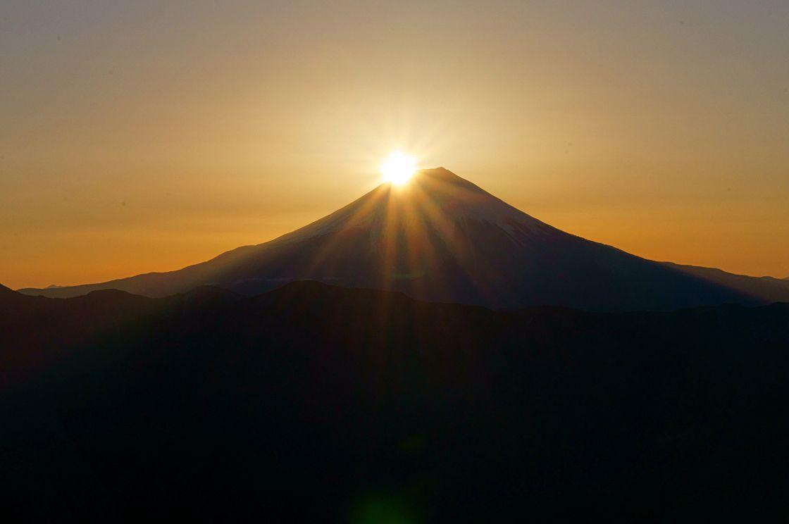 秋分の日限定!感動のダイヤモンド富士を探しに「七面山」へ(山梨県)