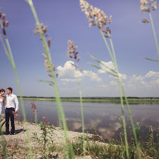 Wedding photographer Nina Pozhidaeva (Nini). Photo of 05.08.2013