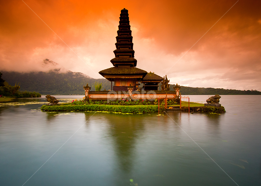 Beratan Temple by Gede Agus Swanjaya - Landscapes Travel