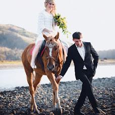 Wedding photographer Yan Belov (Belkov). Photo of 16.12.2013