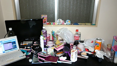 Foto: Quando la scrivania è diventata davvero mia... un incuboooo XD