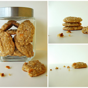 Oats Cookies With Apple And Dehydrated Peach