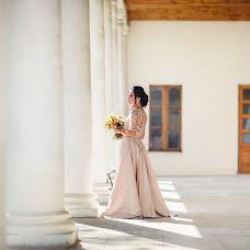 Wedding photographer Yuliya Medvedeva-Bondarenko (photobond). Photo of 09.01.2018