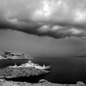 Ferry dock by Goran Grudić - Transportation Other ( pag, ferry, black and white, ship, croatia, zigljen, dock )