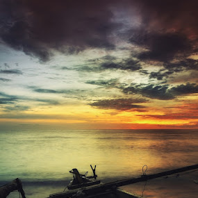 Twilight View by Rahaditha Bachtiar Hunowu - Digital Art Places