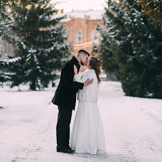 Wedding photographer Kseniya Romanova (romanova). Photo of 17.02.2018