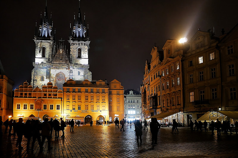 Praga by night di Dongi