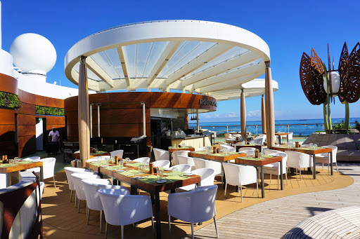 The Rooftop Garden Grill is an al fresco restaurant serving lunch and dinner featuring upscale barbecue favorites.