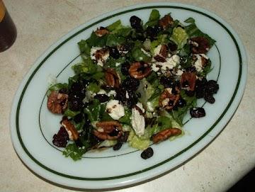 Hearts Of Romaine Salad -- Some Unlikeky Pairings Recipe