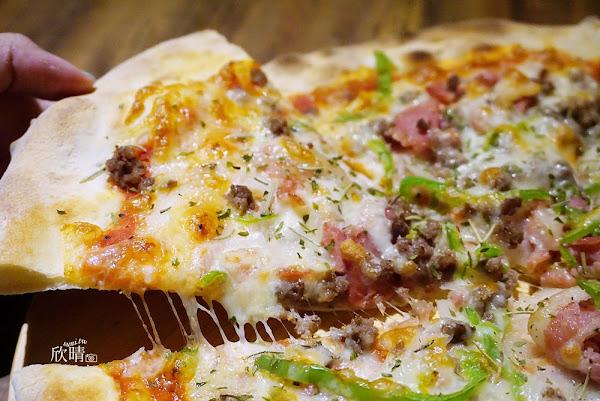 Duke's Pizza爵士披薩| 台北橋捷運站美食| 溫馨餐廳中的薄片pizza、義大利麵