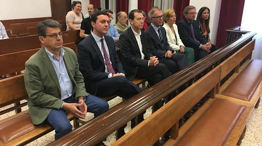 Diputados y senadores, a la espera de coger las credenciales